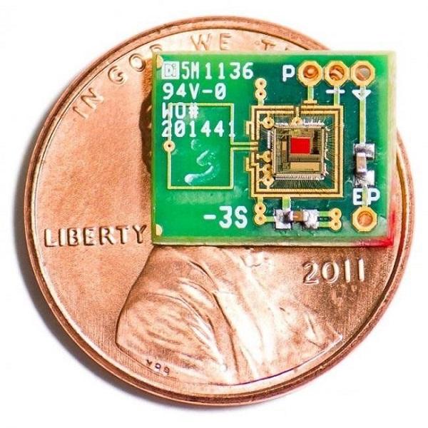 如何实现耳朵供电驱动医疗电子芯片?