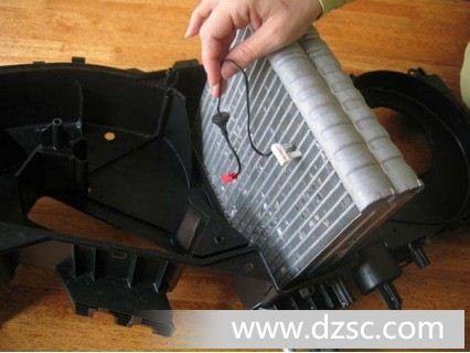 [图]汽车空调蒸发器翅片温度传感器