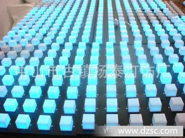 生产供应led室外照明灯具 16 2点阵屏