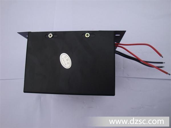 全防水型变压器是用树脂灌封,外壳材料有铁壳.胶壳,防水等达到IP68级,主要用在水底灯.工地机动灯.室外护栏管等,同时我们还生产:防水连接线.点光源外壳.透镜.压铸铝件,欢迎来人来电咨询.采购 中山市光泰灯饰配件厂是生产LED灯饰配件的创新型专业厂家,主要的产品有:防水连接线.