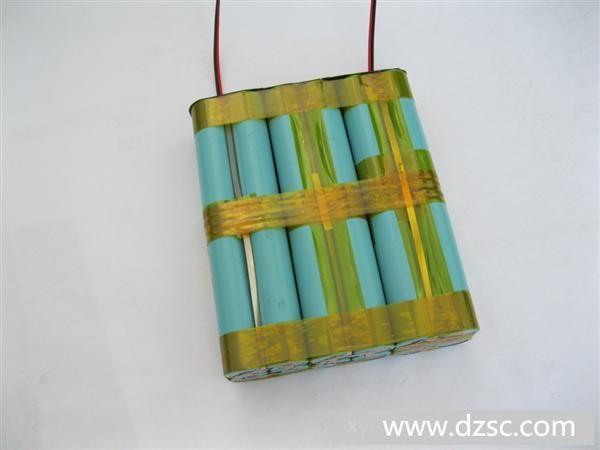 12v 20ah 圆柱形锂电池组合 18650 可充电二次锂离子电池