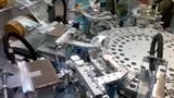 1.44-5.8英寸背光源多工位自动贴膜机
