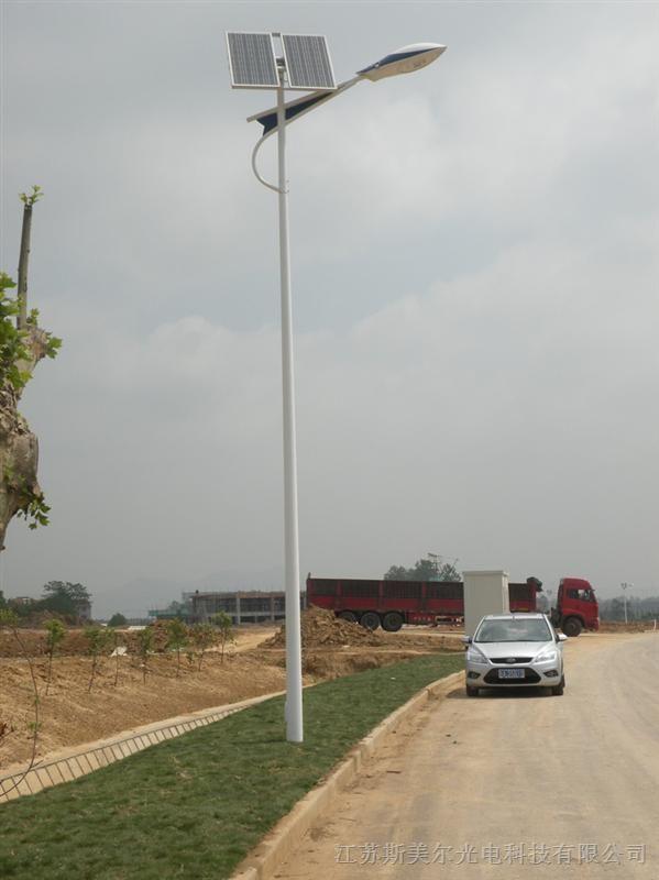 供应内蒙古呼和浩特包头乌海赤峰通辽鄂尔多斯乌伦贝尔新农村太阳能路