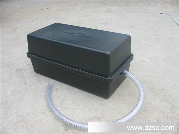 [图]120ah太阳能蓄电池箱图片