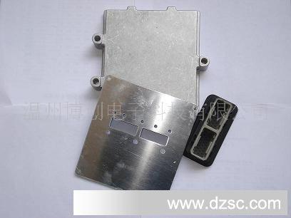 型号/规格  摩托拉汽车电脑板插头48针  应用范围  汽车  种类  端子