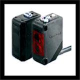 E3JM-DS70M4T反馈反射型光电开关