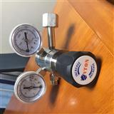 进口不锈钢气瓶双极减压阀